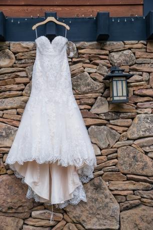 Fab-You-Bliss-Wedding-Blog-Amanda-Photographic-High-Desert-Glamping-Wedding-Style-03
